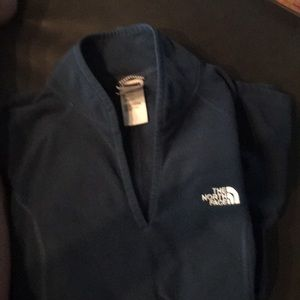 The north face women's fleece nice blue color Med
